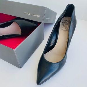 Vince Camuto - Black Heels Size 10M